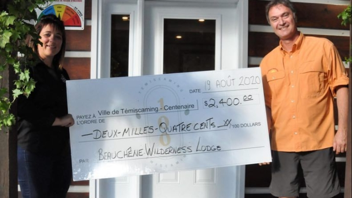 tTe Beauchêne Wilderness Lodge makes a donation worth $ 2,400